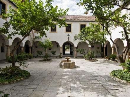 Ceremonia civil en el Hotel Monasterio de la Almoraima F01 blessing ceremony English Spanish French