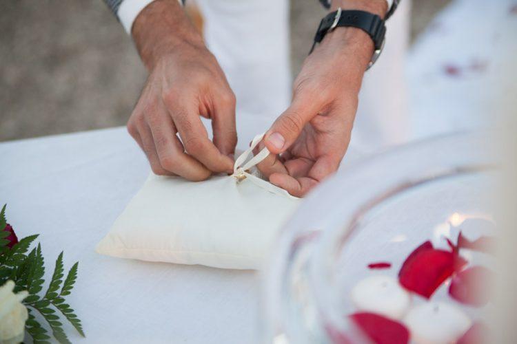 Мастер Гражданская церемония Марбелья на рассвете, свадебный министр испанский Английский Марбелья, Праздничный anglais, francais, espagnol, allemand F004