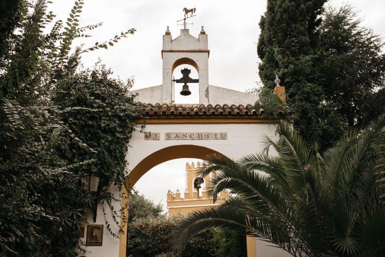 Bröllop-civil-och-Masters-of-ceremoni-i-Cortijo-mi-Ranchito-en-Sevilla