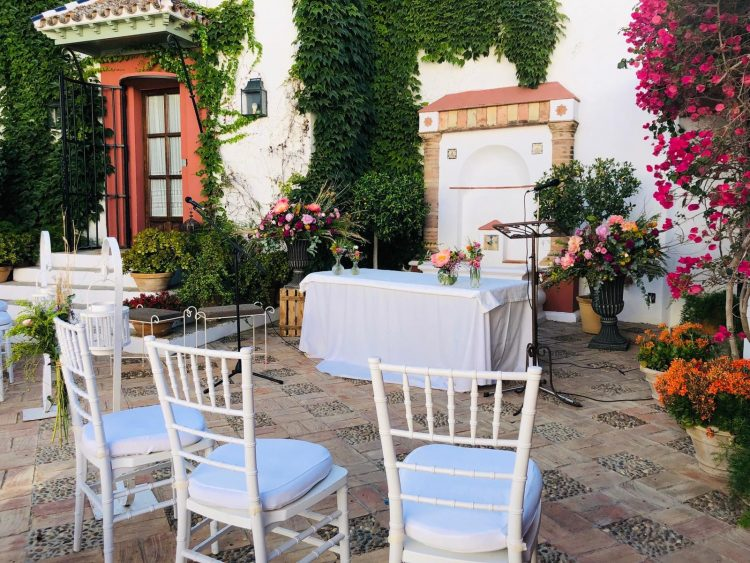 Zeremonien-zivil-hochzeiten-in-Hacienda-de-Oran-en-Utrera-Sevilla-en-espanol-Sueco-e-English