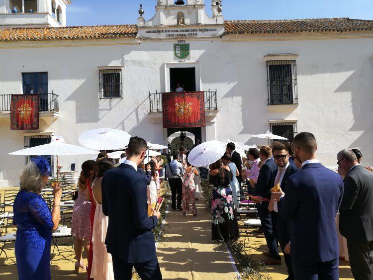 Hochzeiten-Zivil-und-Meister-der-Zeremonie-in-Hacienda San Juan del Hornillo Dos HermanasEn-Sevilla